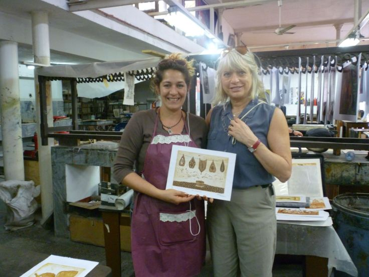 Artista Cubana, Dania Fleites, with American Artist Christine Palamidessi. In Dania's. Old Havana studio